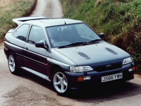 ford_escort_cosworth_92_01
