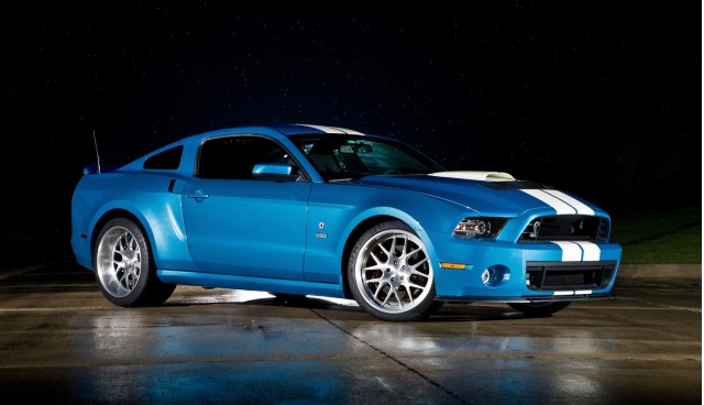 2013-ford-mustang-shelby-gt500-cobra_100399061_m