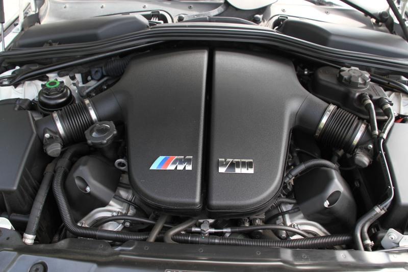 2007-bmw-m5-v10-001-1